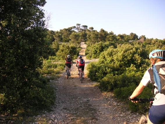 biking luberon tour